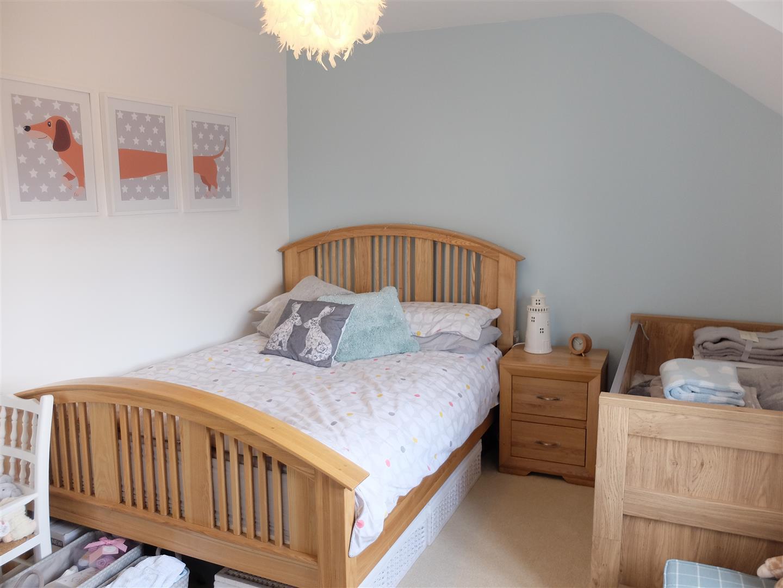3 Bedrooms House - Semi-Detached On Sale 67 Bishops Way Carlisle 194,950