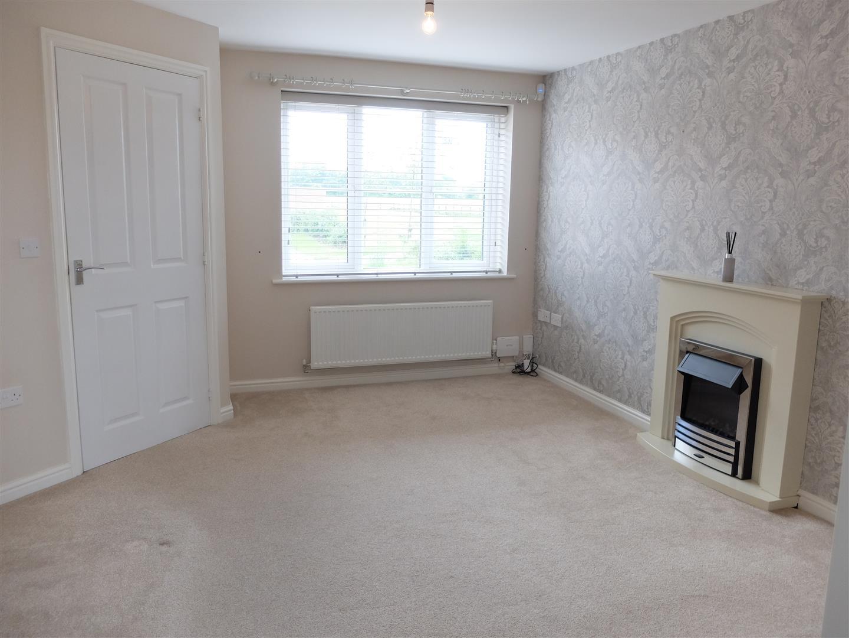 3 Bedrooms House - Semi-Detached For Sale 26 Arnison Close Carlisle
