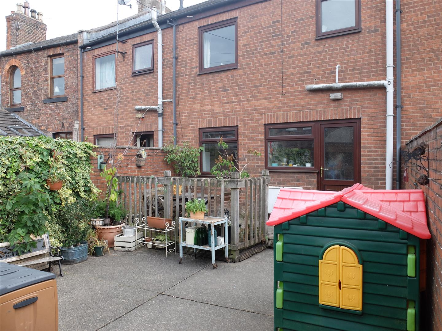 2 Bedrooms House - Terraced On Sale 22 Wigton Road Carlisle 100,000