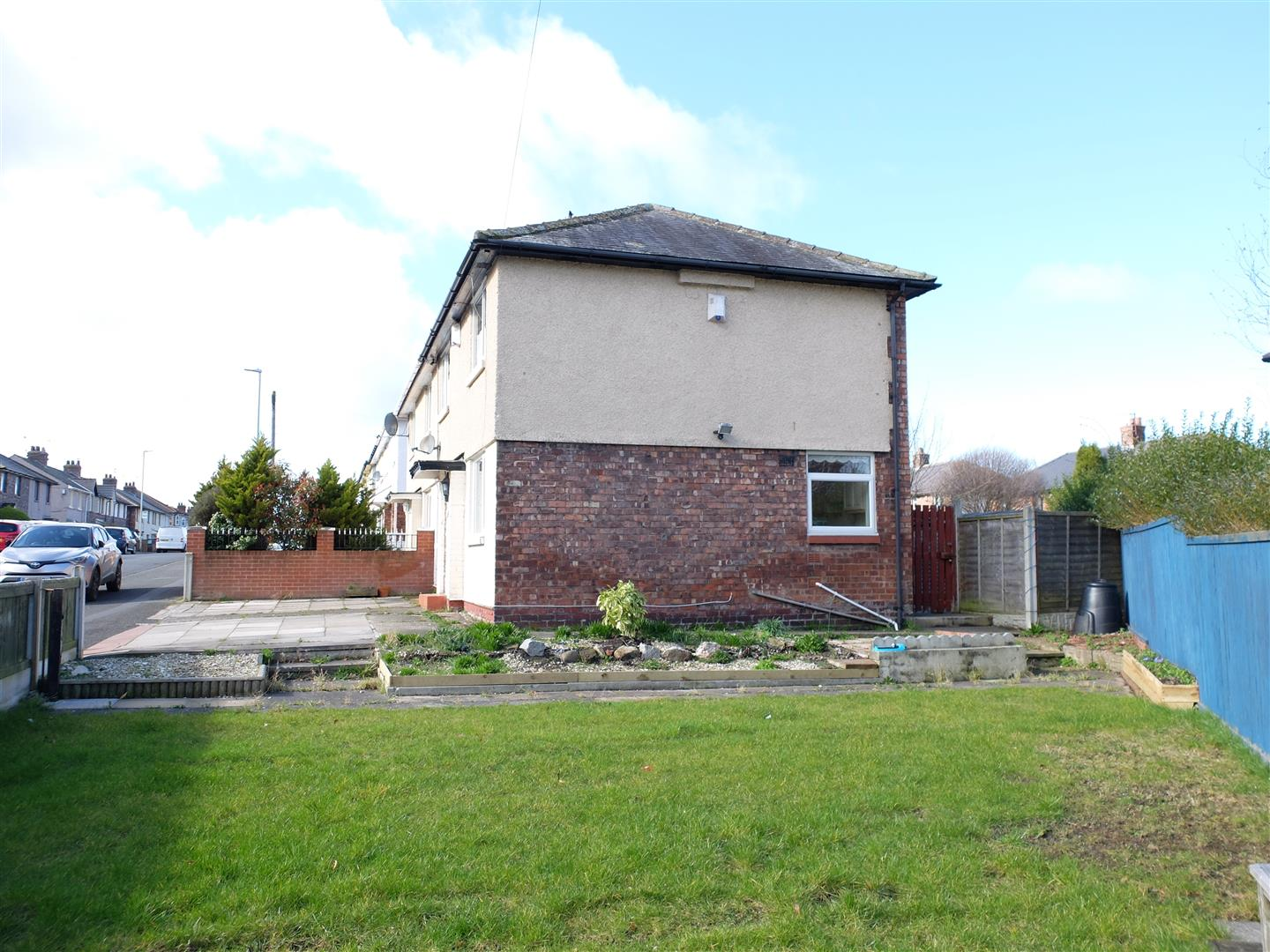 3 Bedrooms House - Semi-Detached On Sale 2 Waldegrave Road Carlisle 95,000