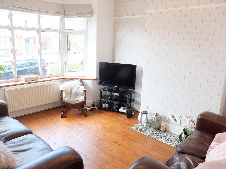 3 Bedrooms House - Semi-Detached For Sale 19 Rosebery Road Carlisle