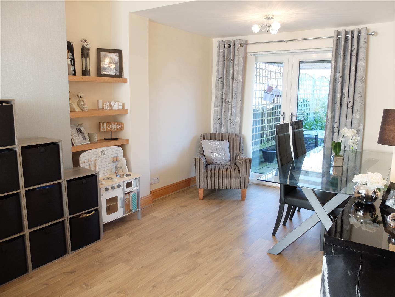 3 Bedrooms House - Semi-Detached On Sale 87 Currock Park Avenue Carlisle