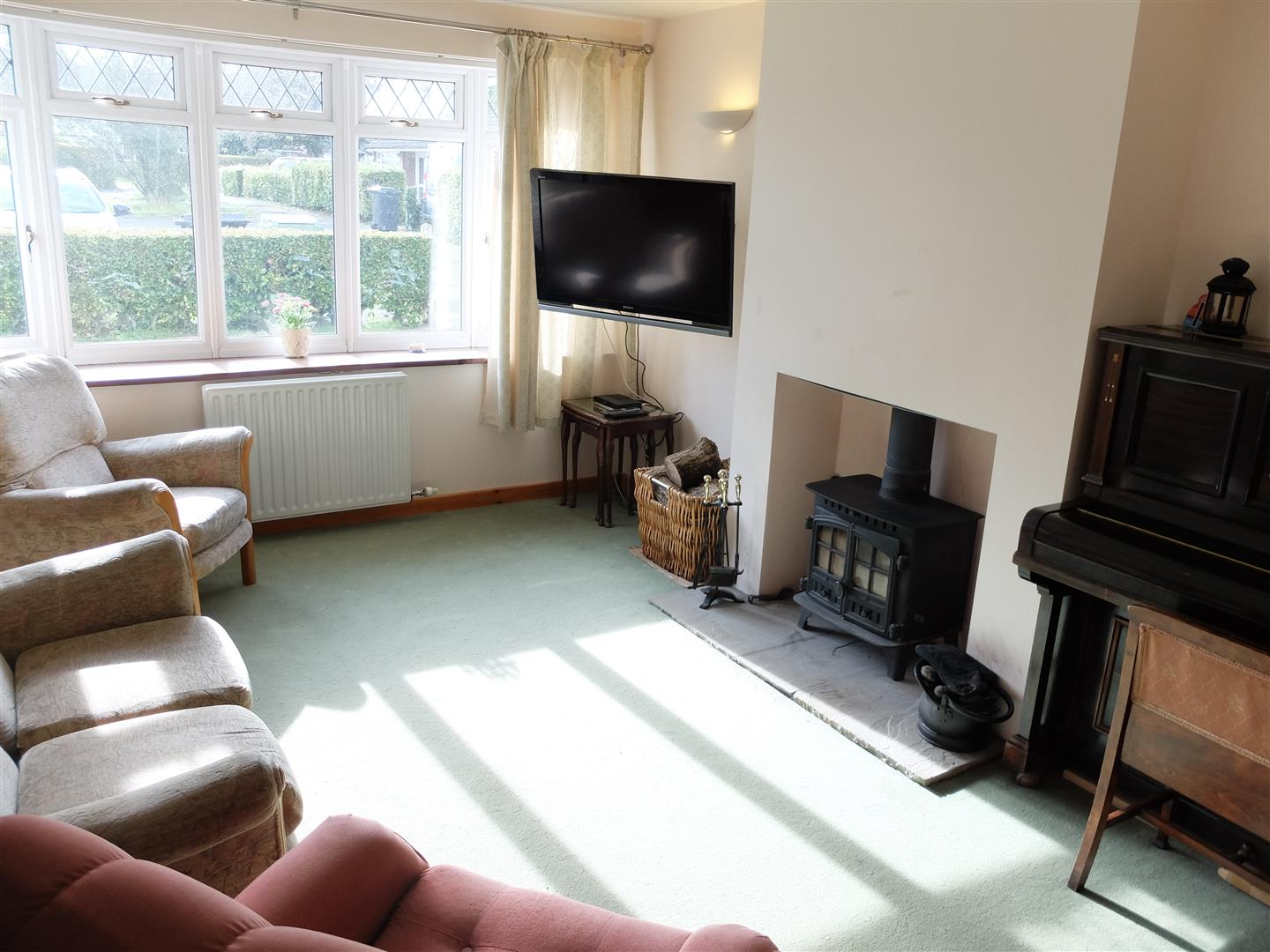 4 Bedrooms Bungalow - Semi Detached For Sale 15 Caldew Drive Carlisle