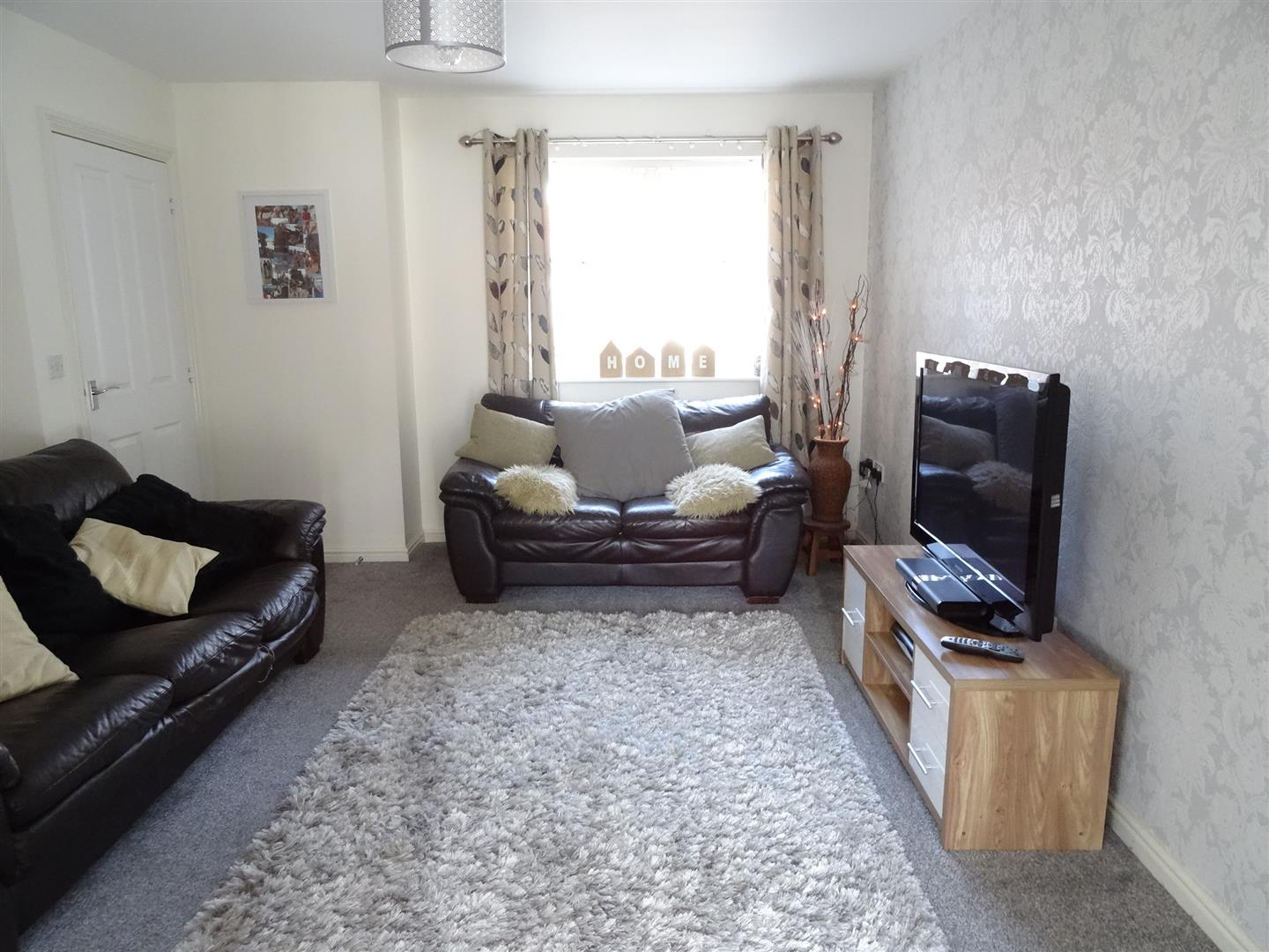 3 Bedrooms House - End Terrace For Sale 13 Linton Close Carlisle