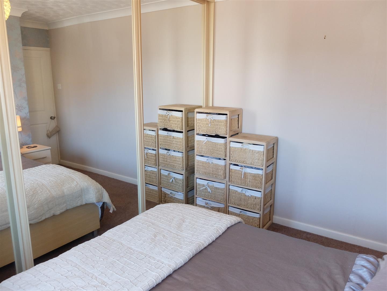 42 Greengarth Carlisle 3 Bedrooms House - Semi-Detached On Sale 130,000