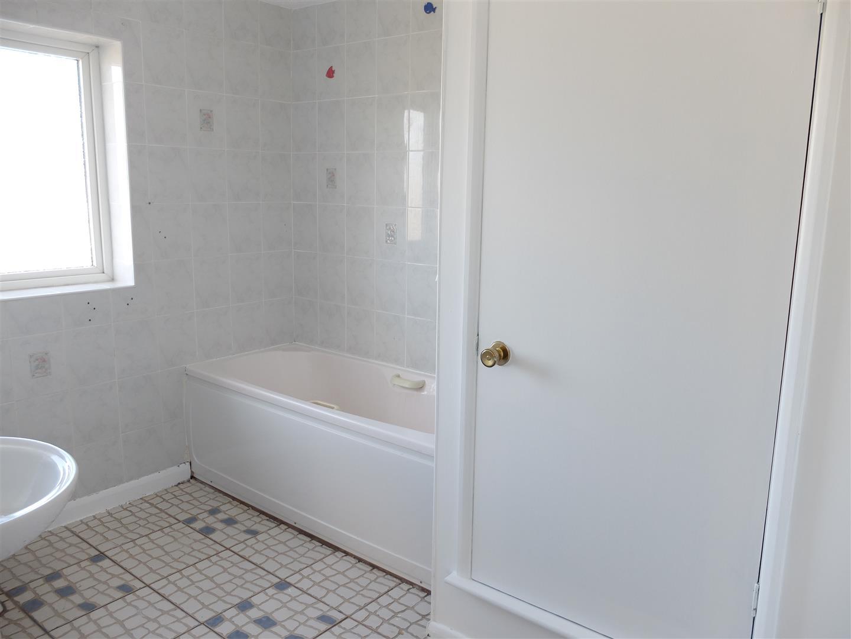 3 Bedrooms House - Mid Terrace On Sale 7 Almery Drive Carlisle 95,000