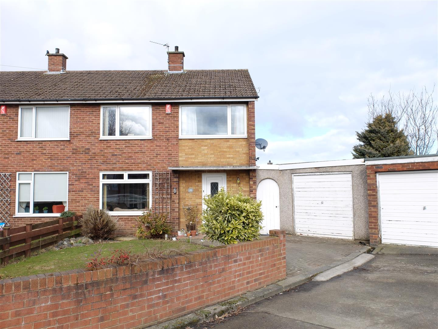 28 Dunmail Drive Carlisle 3 Bedrooms House - Semi-Detached For Sale