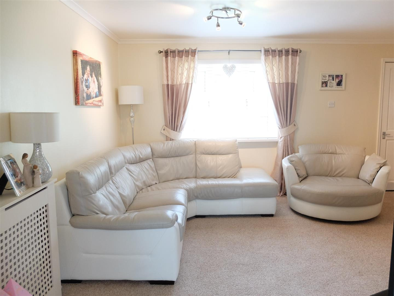 3 Bedrooms House - Mid Terrace On Sale 155 Whernside Carlisle