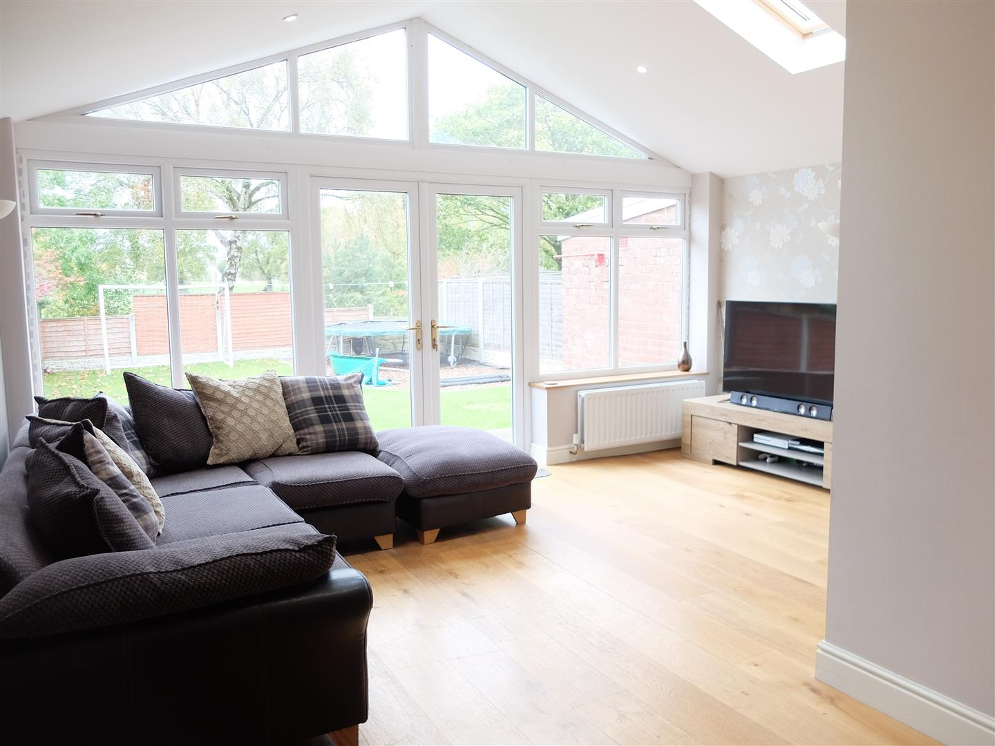 3 Bedrooms House - Semi-Detached For Sale 218 Wigton Road Carlisle