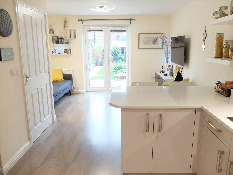 3 Bedrooms House - Semi-Detached On Sale 6 Bowfell Lane Carlisle