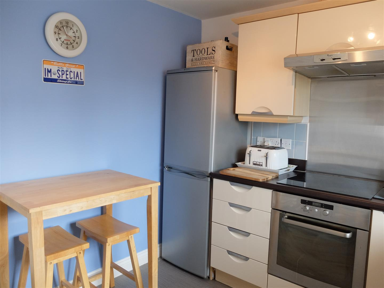 2 Bedrooms Flat On Sale 73 Lowry Gardens Carlisle