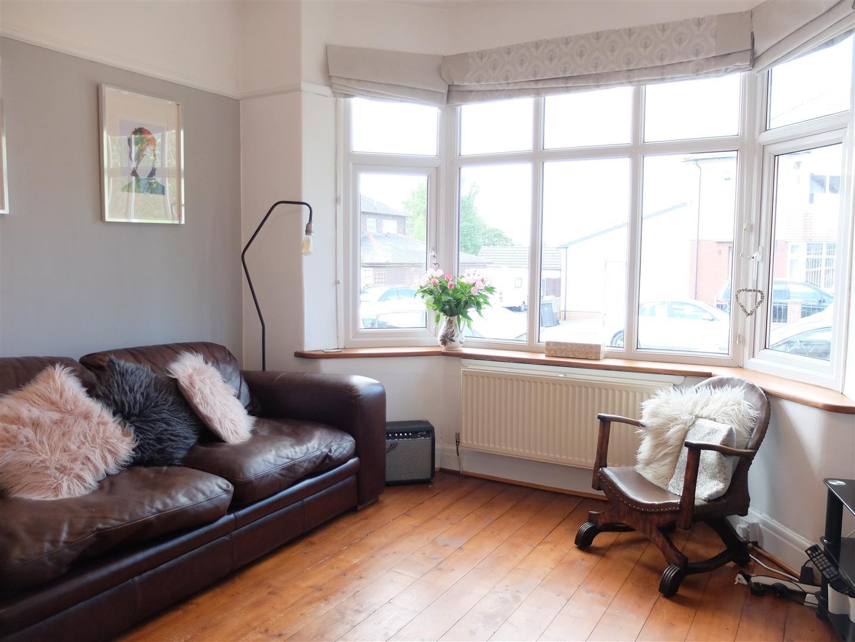 3 Bedrooms House - Semi-Detached For Sale 19 Rosebery Road Carlisle 210,000