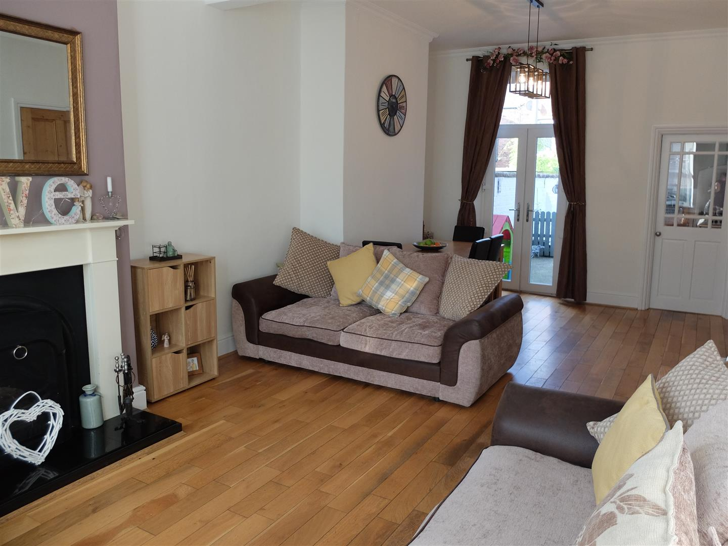 3 Bedrooms House - Mid Terrace For Sale 116 Newtown Road Carlisle