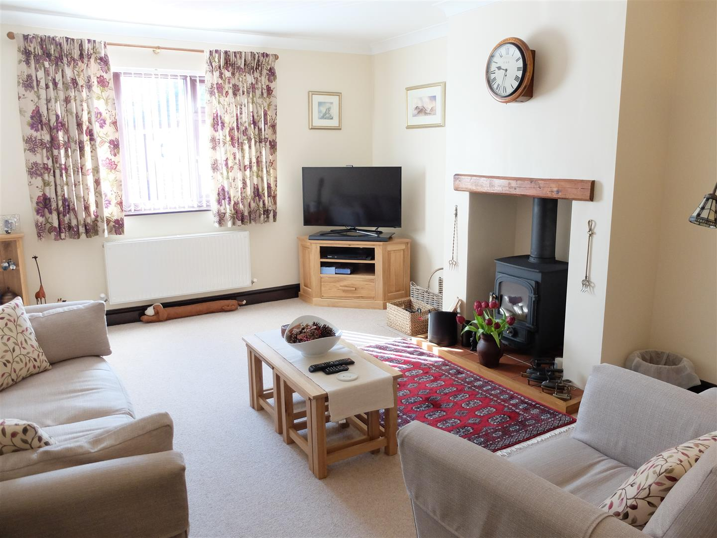 2 Bedrooms Bungalow - Semi Detached On Sale 2 Barrock Close Carlisle