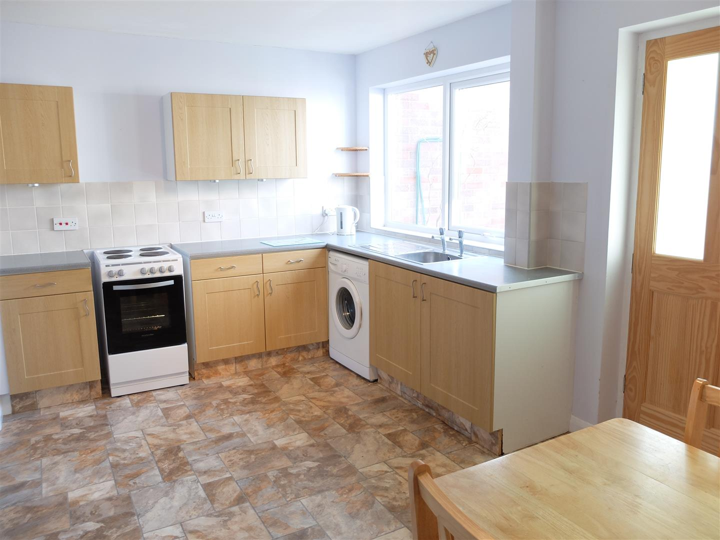 29 Scaurbank Road Carlisle 3 Bedrooms House - End Terrace For Sale