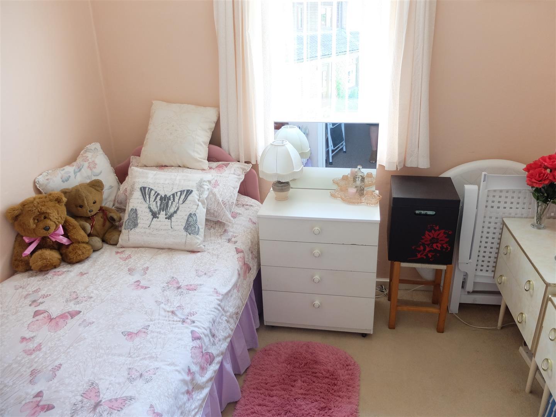 63 Cumrew Close Carlisle 3 Bedrooms House - Semi-Detached On Sale 109,500