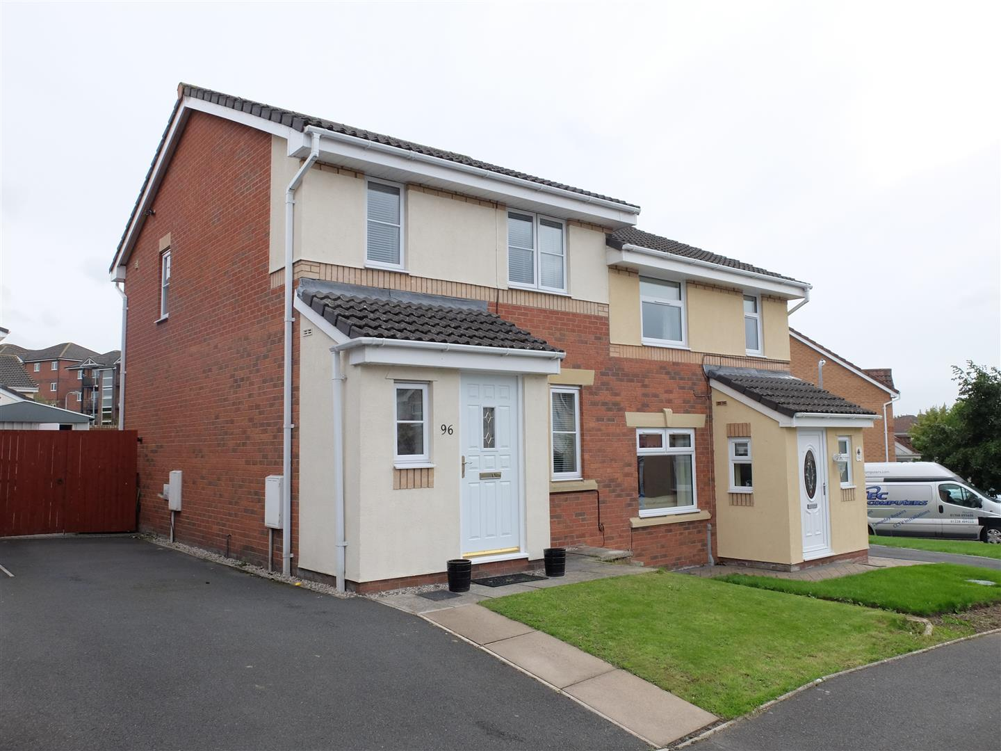 96 Valley Drive Carlisle 3 Bedrooms House - Semi-Detached For Sale