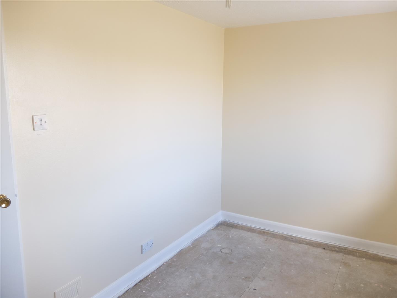 7 Almery Drive Carlisle 3 Bedrooms House - Mid Terrace On Sale 95,000