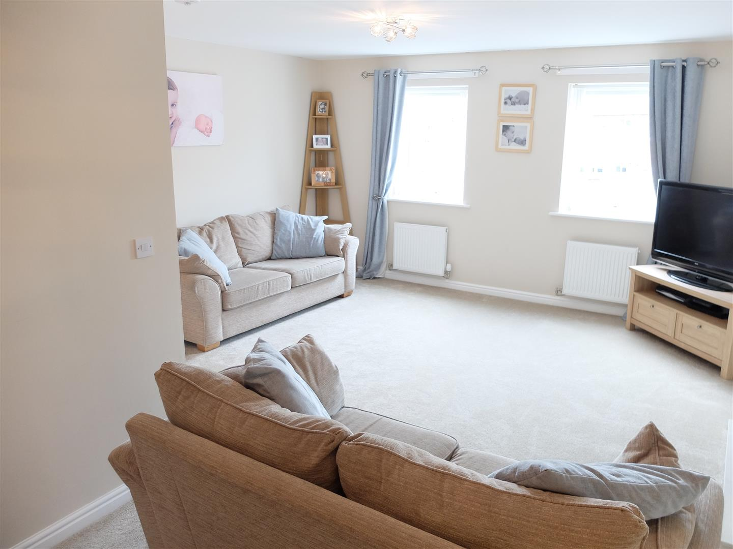 4 Bedrooms House - Townhouse For Sale 16 Tramside Way Carlisle