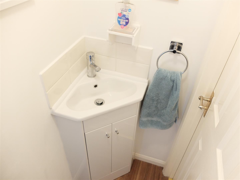 21 Knowe Park Avenue Carlisle 3 Bedrooms House - Semi-Detached On Sale