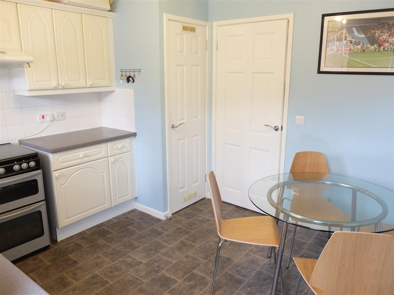 2 Bedrooms House - Semi-Detached On Sale 11 Maple Grove Carlisle