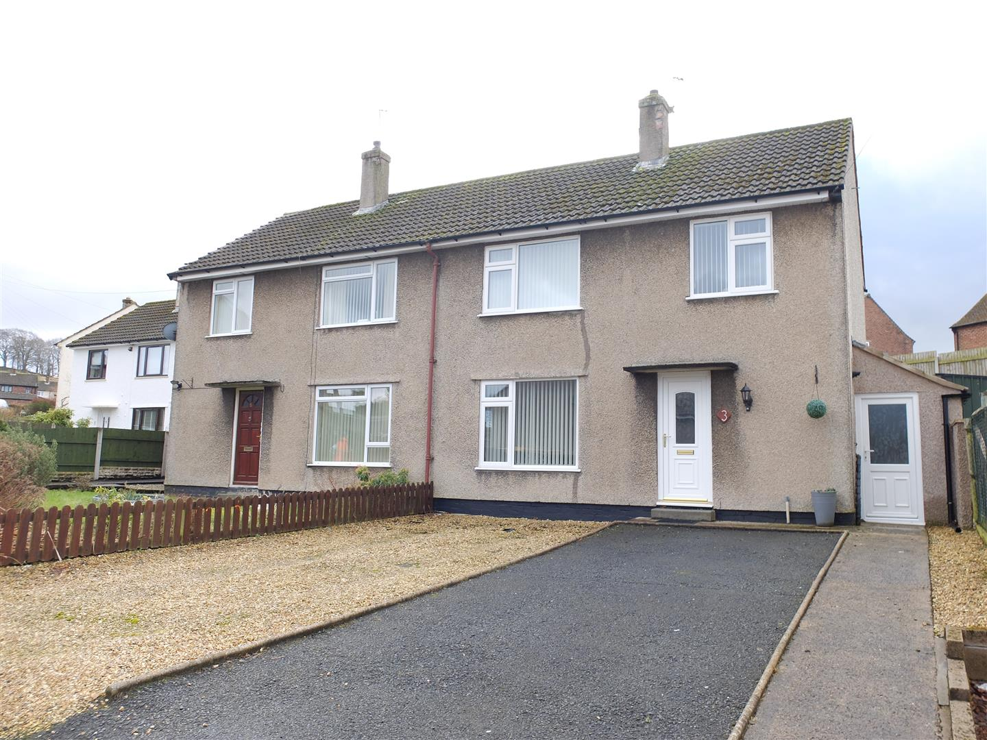 3 Stanley Road Brampton 3 Bedrooms House - Semi-Detached For Sale