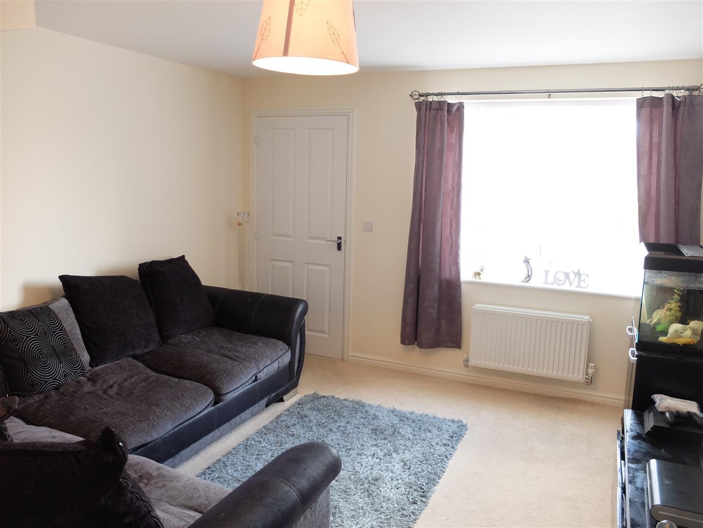 3 Bedrooms House - Mid Terrace On Sale 11 Arnison Close Carlisle