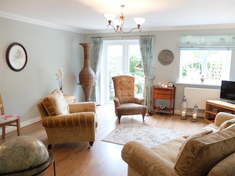 3 Bedrooms House - Semi-Detached For Sale 2 Moorwood Close Carlisle