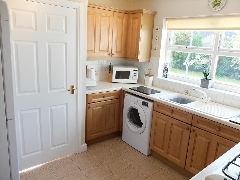 4 Bedrooms House - Detached On Sale 34 The Paddocks Carlisle