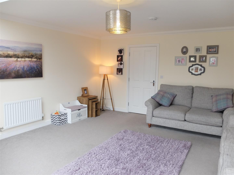 4 Bedrooms House - Semi-Detached For Sale 55 Bishops Way Carlisle 223,000
