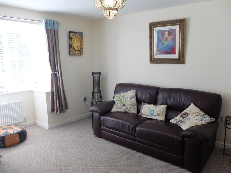 4 Bedrooms House - Detached On Sale 121 Glaramara Drive Carlisle