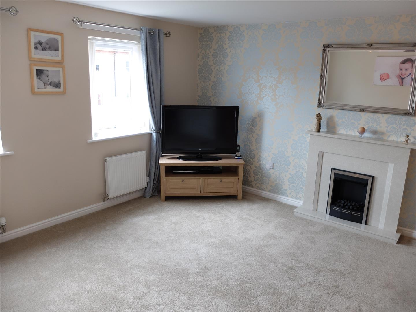 4 Bedrooms House - Townhouse On Sale 16 Tramside Way Carlisle 38,000