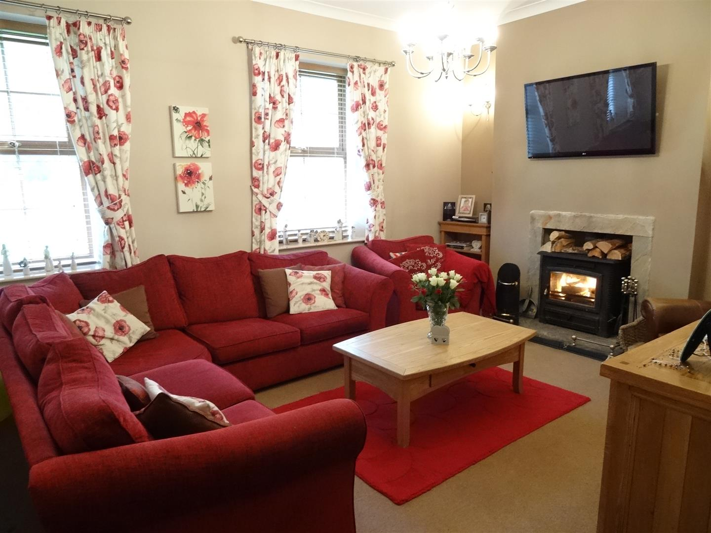 4 Bedrooms Cottage - Detached For Sale Station Cottage St. Lawrence Place Carlisle