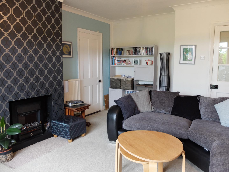 3 Bedrooms House - Semi-Detached On Sale 23 Bedford Road Carlisle