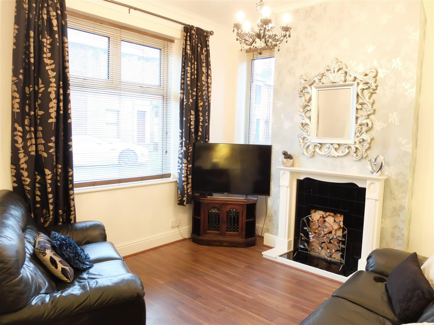 2 Bedrooms House - End Terrace For Sale 14 Ashley Street Carlisle