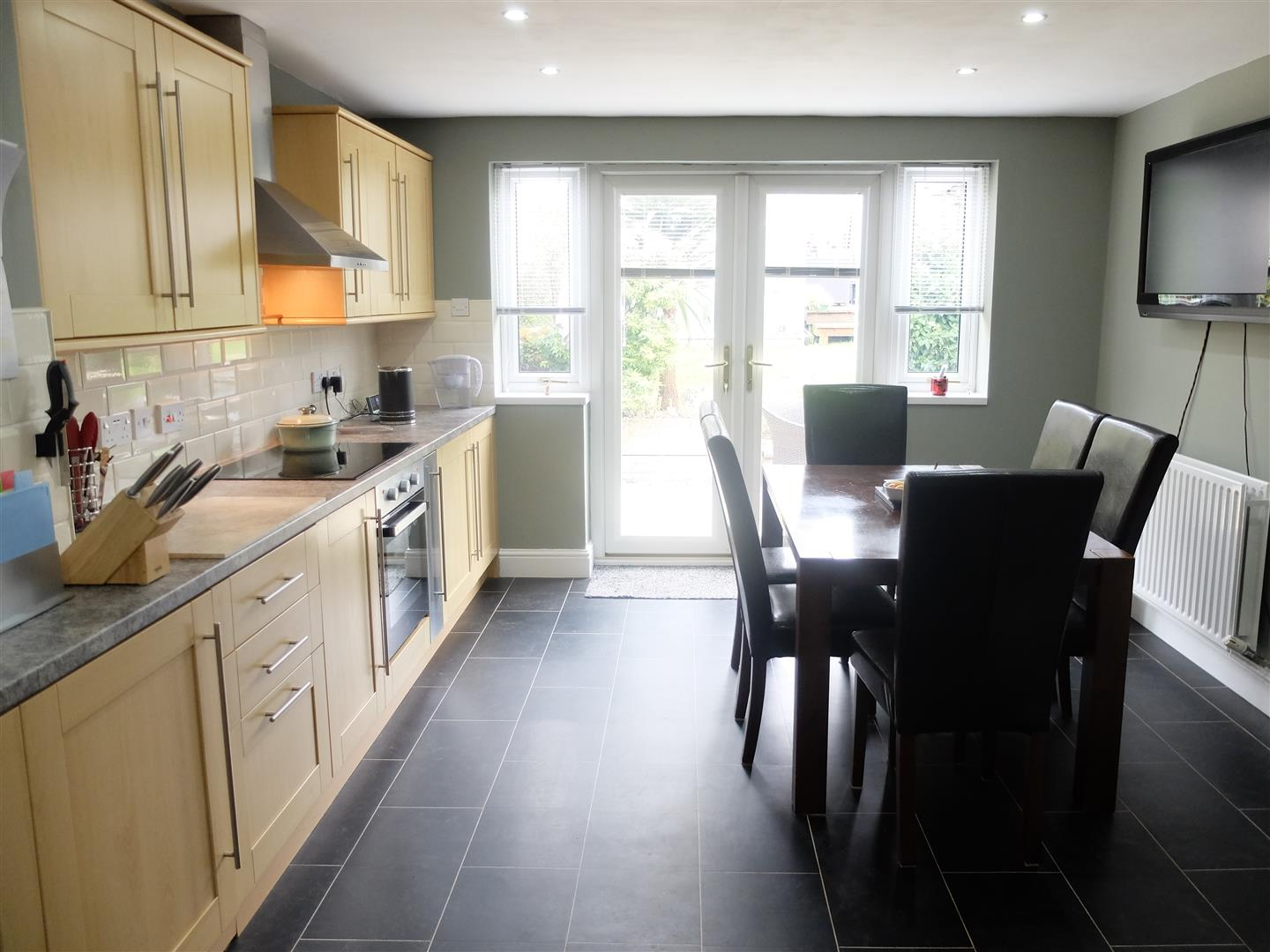 130 Edgehill Road Carlisle 2 Bedrooms House - End Terrace For Sale