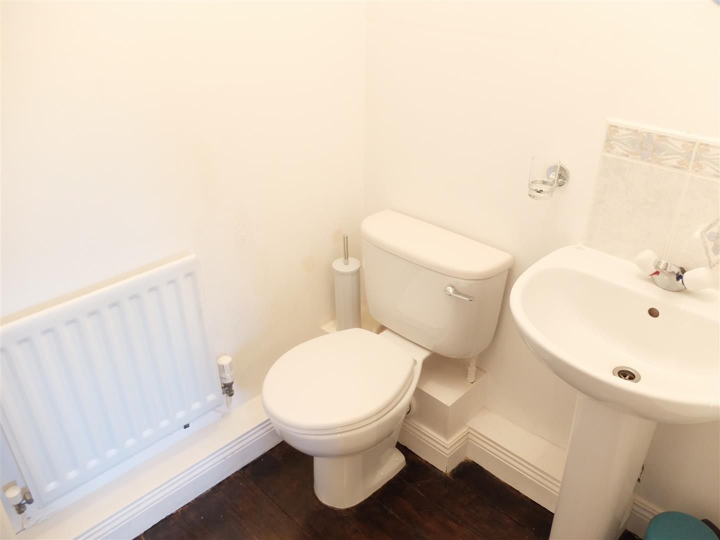 3 Bedrooms House - Semi-Detached On Sale 91 Larch Drive Carlisle 169,950