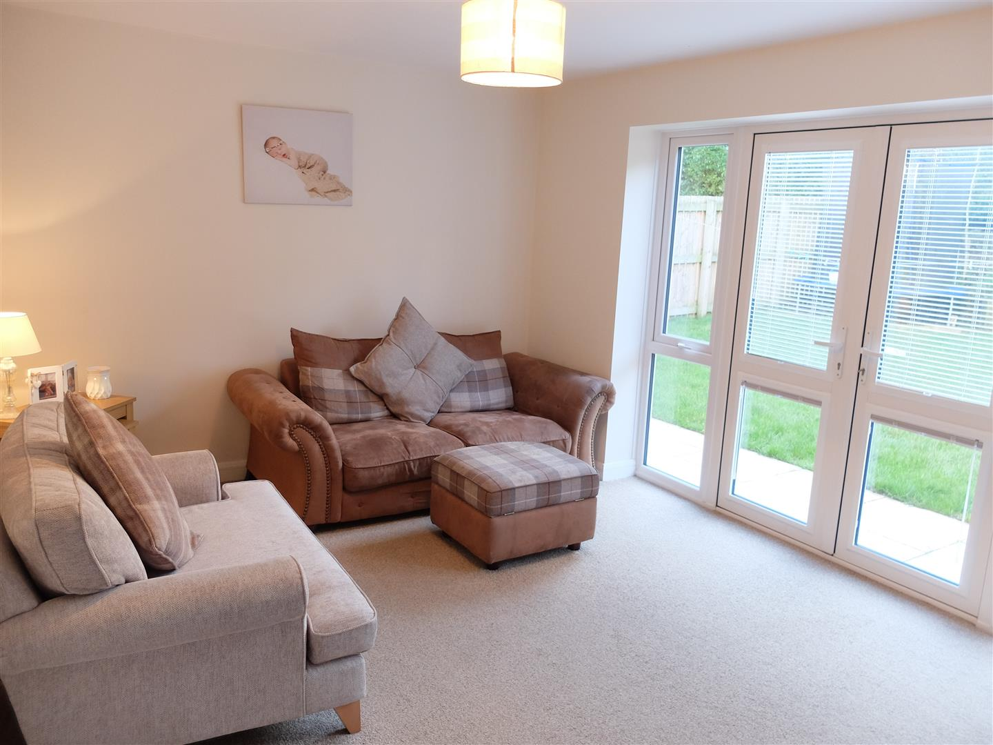 3 Bedrooms House - Semi-Detached For Sale 38 Thomlinson Avenue Carlisle