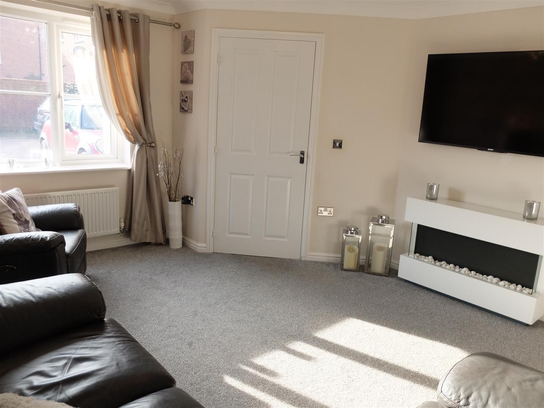 3 Bedrooms House - Semi-Detached On Sale 115 Glaramara Drive Carlisle