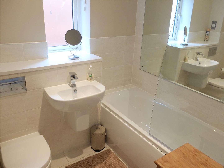 3 Bedrooms House - Detached For Sale 22 Edward Boyle Close Carlisle