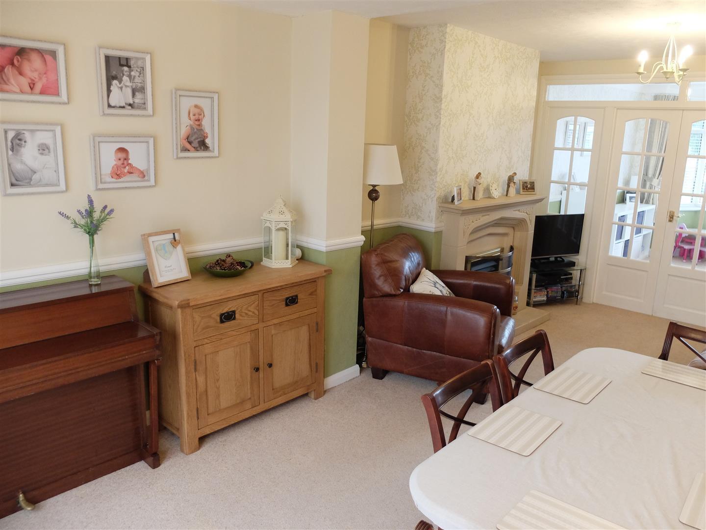 21 Knowe Park Avenue Carlisle 3 Bedrooms House - Semi-Detached For Sale 185,000