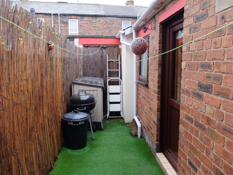 2 Bedrooms House - Terraced On Sale 39 Close Street Carlisle 73,000