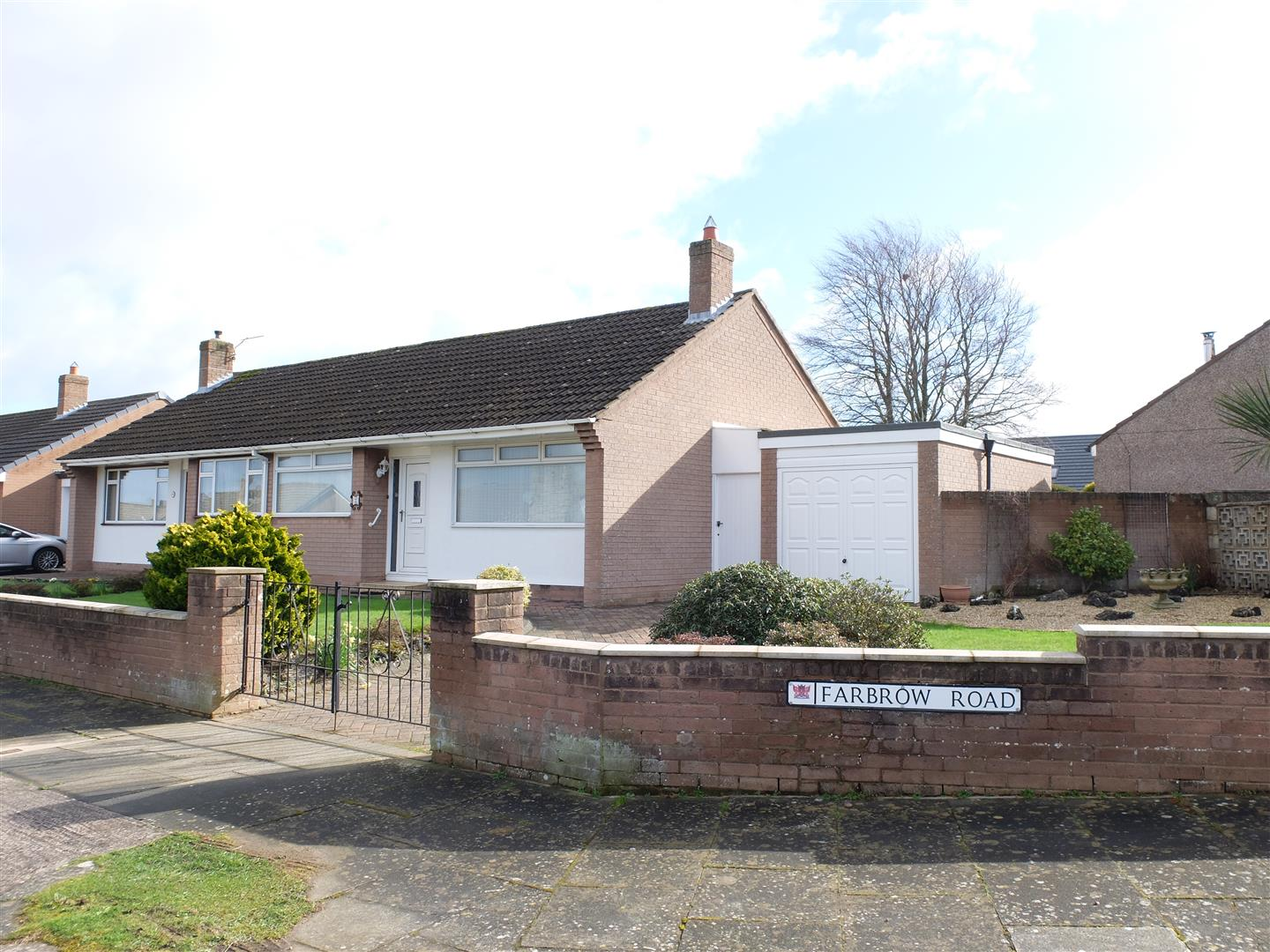 2 Farbrow Road Carlisle 2 Bedrooms Bungalow - Semi Detached For Sale