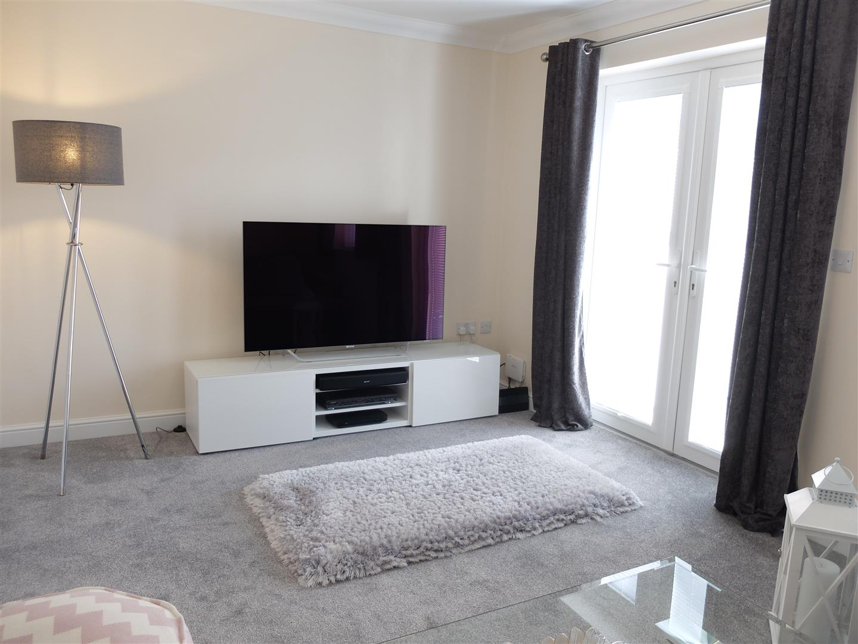 4 Bedrooms House - Townhouse On Sale 35 Fenwick Drive Carlisle