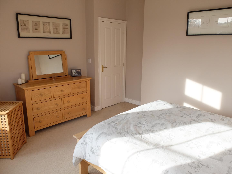 5 Oval Court Carlisle Home On Sale 200,000