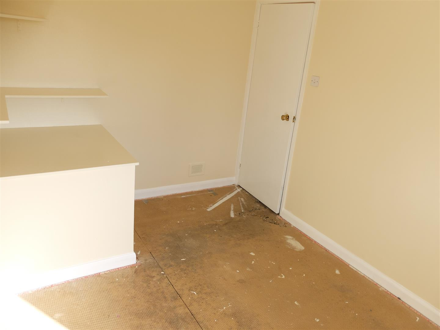3 Bedrooms House - Mid Terrace For Sale 7 Almery Drive Carlisle 95,000