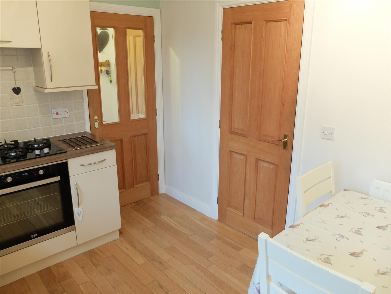 3 Bedrooms House - Semi-Detached On Sale 49 The Paddocks Carlisle