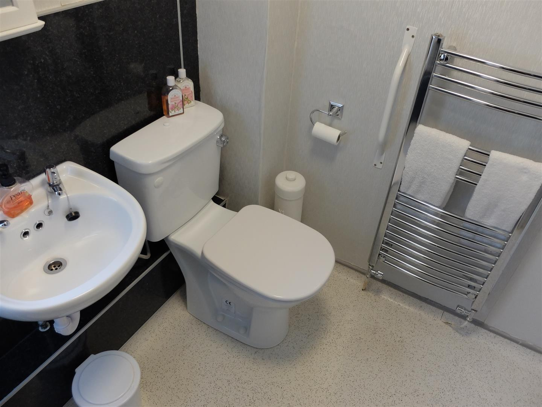 3 Bedrooms House - Semi-Detached On Sale 63 Cumrew Close Carlisle 109,500