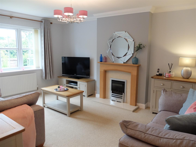 4 Bedrooms House - Detached For Sale 6 Alders Edge Carlisle
