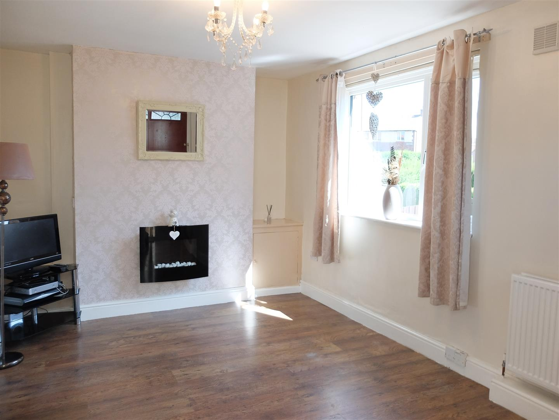 2 Bedrooms House - Semi-Detached For Sale 24 Marina Crescent Carlisle